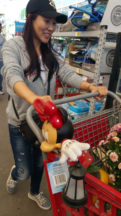 SeoAh shopping for house warming presents
