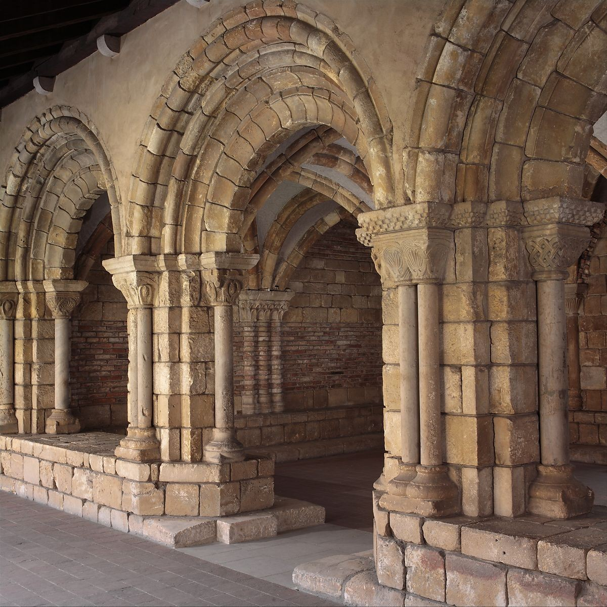 Chapter House from Notre-Dame-de-Pontaut,12th century French MMA